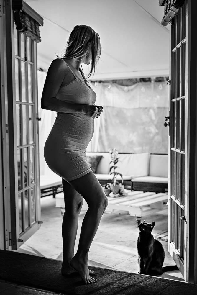 LaRae Lobdell maternity portrait selfie week #19, Miami FL, May 24th, 2016