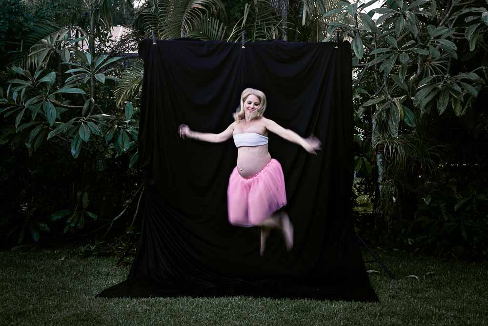 LaRae Lobdell maternity portrait selfie week #37, The Tutu Project for Breast Cancer Awareness month, Miami FL, October 3, 2016